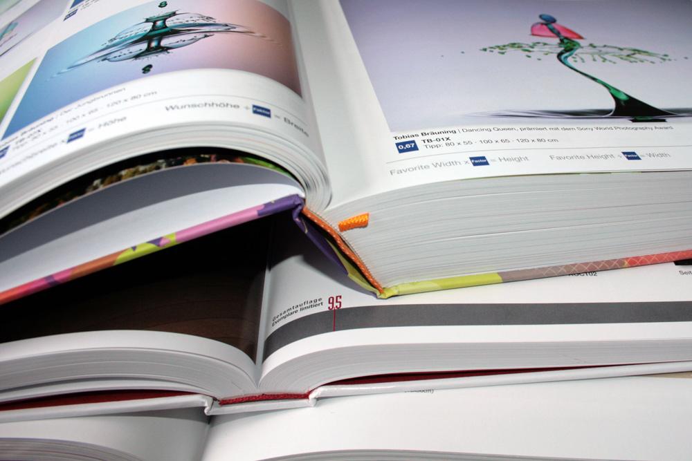 Kataloge mit modernen Wandbildern